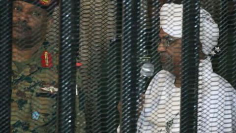 محاكمة عمرالبشير