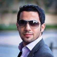 بقلم : احمد المـــلا