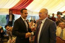أحمد علي عبدالله صالح ووالده رئيس الجمهورية السابق