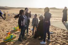 الوليد بن طلال  مع أولاده وأحفاده